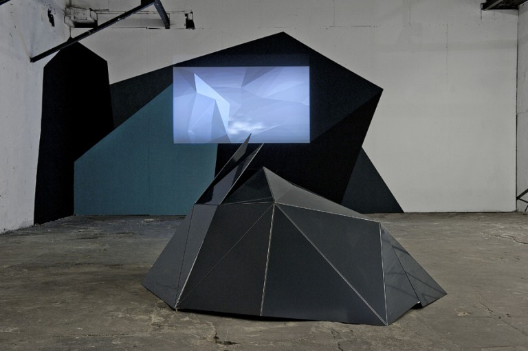 Nicolas Tilly installations
